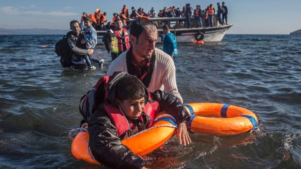 greece-migrants